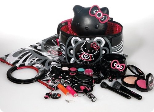 mac-cosmetics-hello-kitty-collection