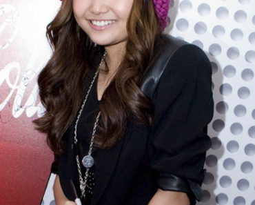 Charice Performs at KISS FM Chicago Radio Station - May 4, 2010
