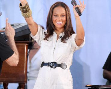 """Good Morning America"" - June 25, 2010 - Alicia Keys in Concert"