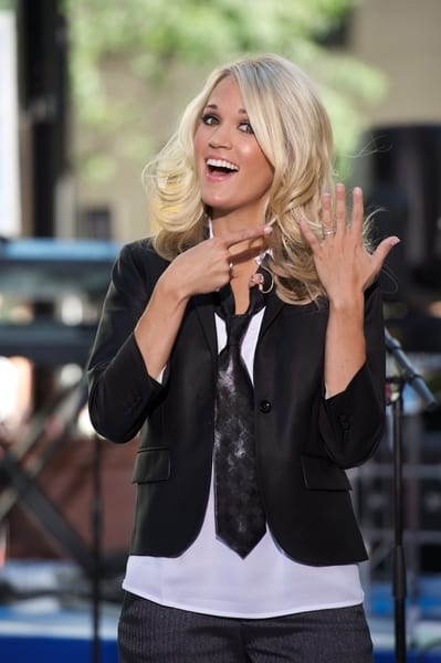 "Carrie Underwood in Concert on NBC's ""Today Show"" - July 30, 2010"