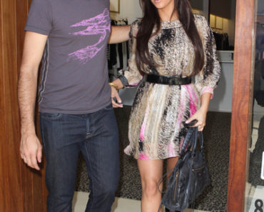 Kim Kardashian Shops At Diavolina With Adrian Grenier - August 16, 2010