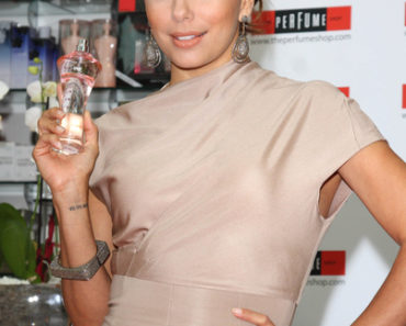 "Eva Longoria Parker Launches Her New Fragrance ""Eva"" at The Perfume Shop in London on September 5, 2010"