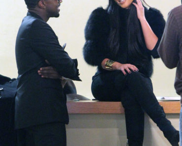 Kim & Kourtney Meet Up With Kanye West In NYC