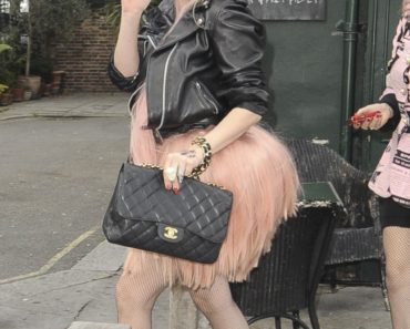 Lady Gaga Hits The Pub