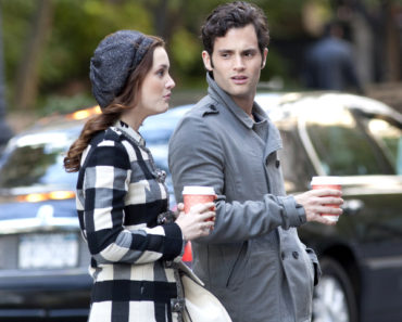 """Gossip Girl"" on Location at Turtle Bay in New York City on October 22, 2010"