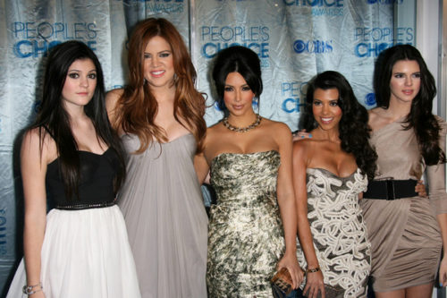 Khloe kardashian plans a 39 very embarrassing 39 bachelorette for How many kardashians are there