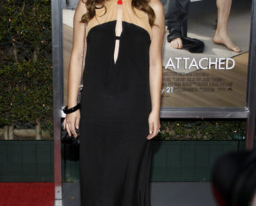 """No Strings Attached"" Los Angeles Premiere - Arrivals"