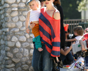 Gwen Stefani Takes Her Kids Kingston James McGregor Rossdale and Zuma Nesta Rock Rossdale To The Park - January 17, 2010