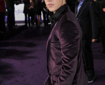 "Premiere Of Paramount Pictures' ""Justin Bieber: Never Say Never"" - Red Carpet"