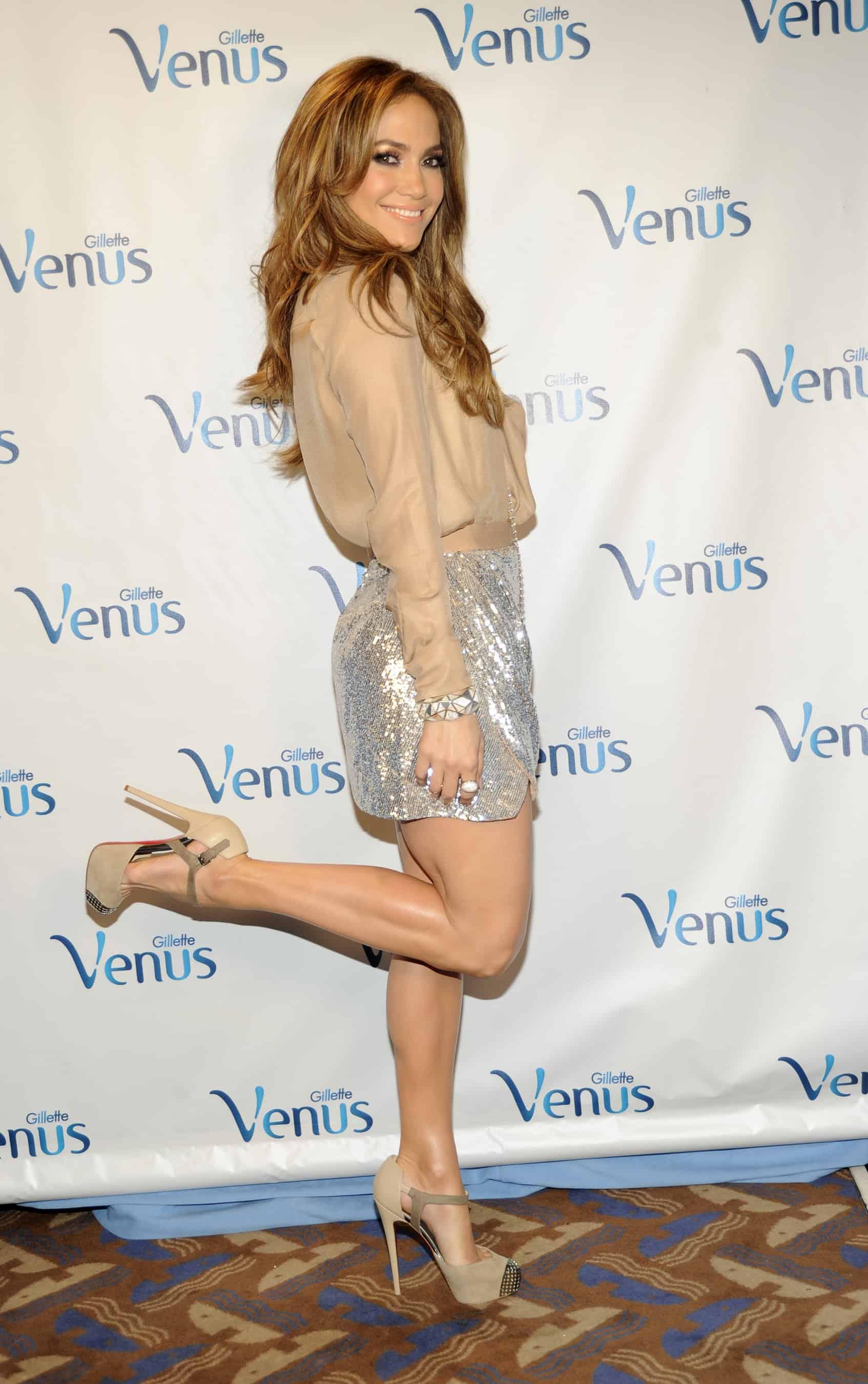 Jennifer Lopez & Her Sexy Smooth Legs Named Gillette Venus Global ...