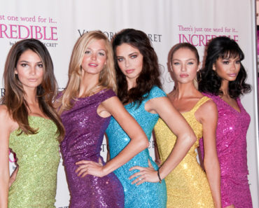 "Victoria's Secret Angels Debut the New ""Incredible"" Bra at Victoria's Secret Soho in New York City on March 1, 2011"