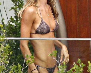 Gisele Bundchen In A String Bikini