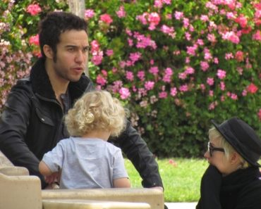 Ashlee Simpson-Wentz and Pete Wentz Sighted at Travel Town Museum in Los Angeles on April 21, 2011