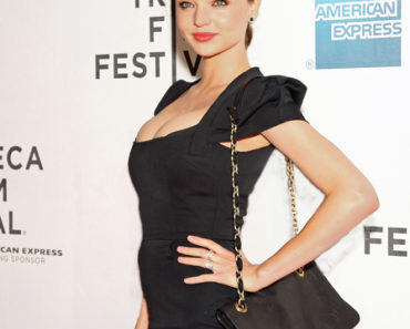 "10th Annual Tribeca Film Festival - ""The Good Doctor"" Premiere - Arrivals"