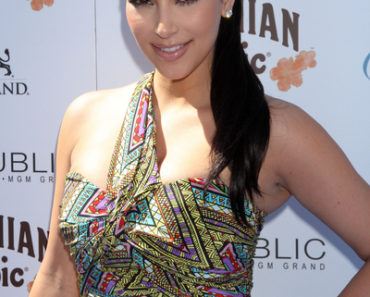 Kim Kardashian Celebrates the Official Grand Opening of Wet Republic in Las Vegas on April 16, 2011