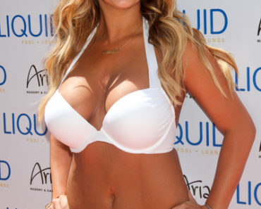 Aubrey O'Day Hosts the Day at Liquid Pool Lounge in Las Vegas on May 21, 2011