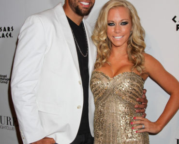 Kendra Wilkinson 26th Birthday Celebration at Pure Nightclub in Las Vegas on June 11, 2011