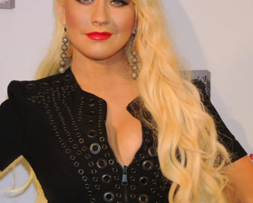 "Christina Aguilera ""Royal Desire"" Fragrance Launch at Upside East Lounge in Munich on July 13, 2011"