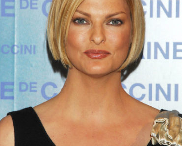 Linda Evangelista Presents Excel Therapy O2 by Germain de Capuccini