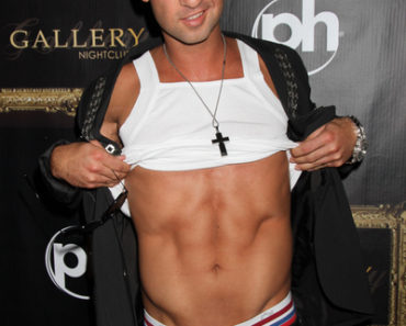 "Mike ""The Situation"" Sorrentino Hosts the Evening at Gallery Nightclub in Las Vegas on August 12, 2011"