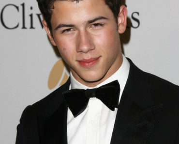 2011 Pre-GRAMMY Gala & Salute to Industry Icons with Clive Davis Honoring David Geffen