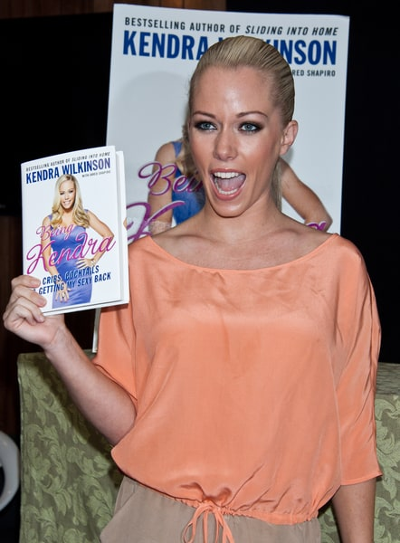 Kendra Wilkinson Out Amp About Promoting New Book border=