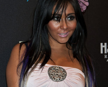 "Nicole ""Snooki"" Polizzi Hosts Epic Saturdays at The Pool After Dark Nightclub at Harrah's Resort in Atlantic City on September 24, 2011"