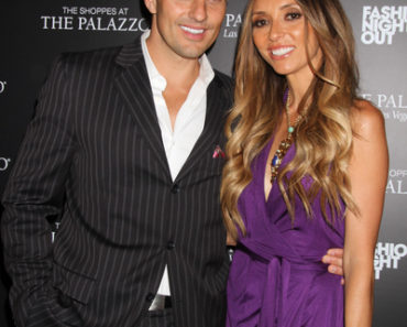 "Giuliana Rancic and Bill Rancic Host ""Fashion's Night Out"" at the Shoppes at the Palazzo in Las Vegas on September 8, 2011"