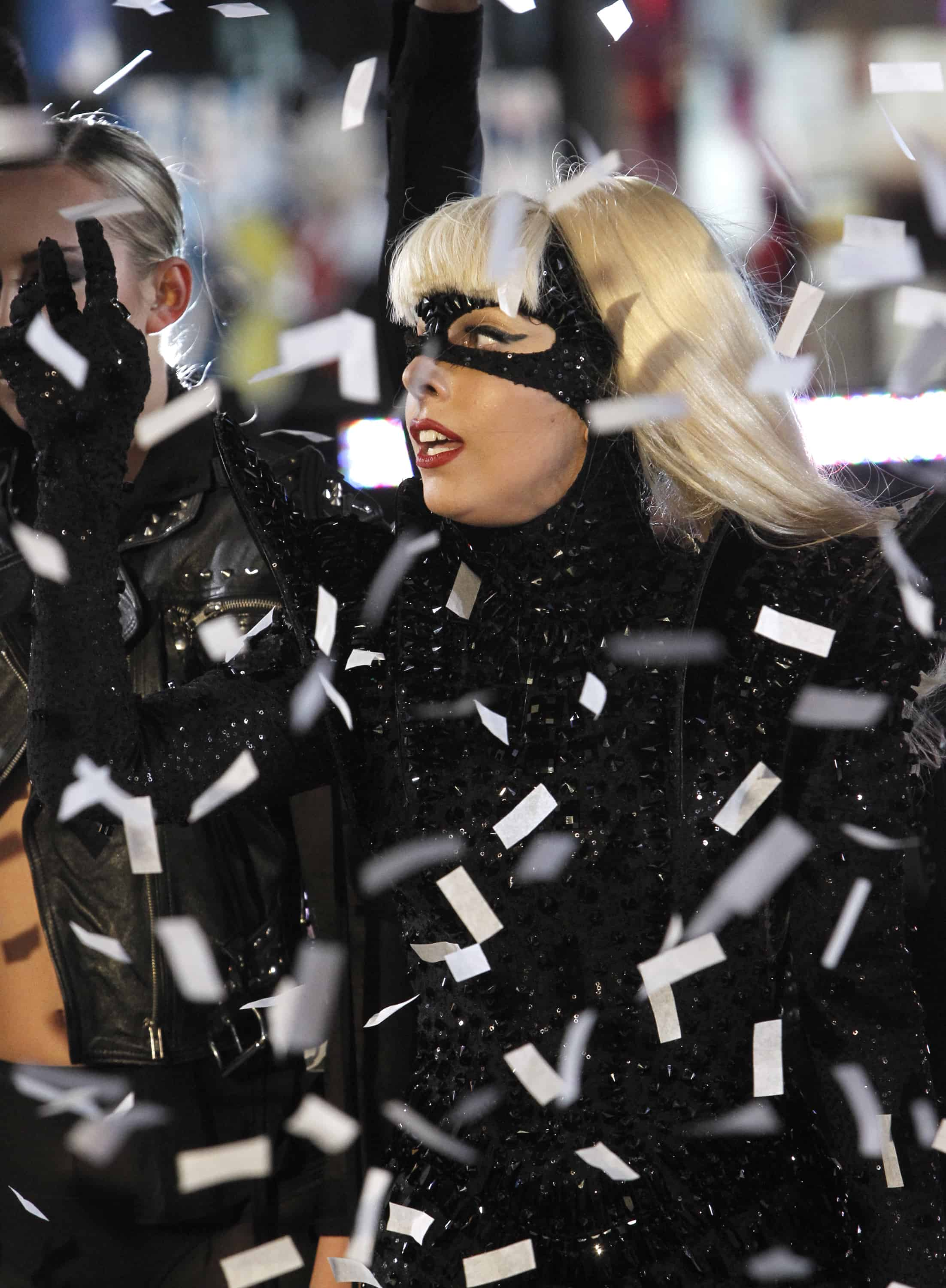 LADY GAGA PERFORMS IN TIMES SQUARE