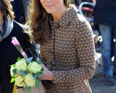 Catherine, Duchess of Cambridge Visits Rose Hill Primary School in Oxford on February 21, 2012