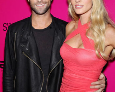 adam levine/anne v/victorias-secret