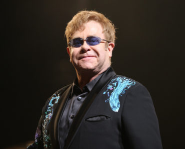 Elton John in Concert at The Royal Opera House in London - January 28, 2011