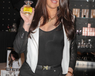 "Khloe Kardashian-Odom Promotes Her ""Unbreakable"" Perfume at Kardashian Khaos in Las Vegas on August 24, 2012"