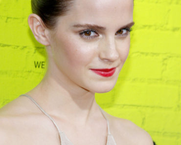 """The Perks of Being a Wallflower"" Los Angeles Premiere - Arrivals"