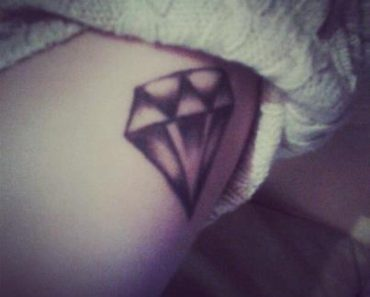 Rihanna Diamond tattoo