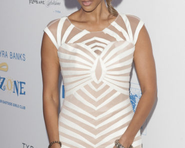 "The Tyra Banks TZONE Foundation at the Lower Eastside Girls Club's ""Flawsome Ball"" Gala - Arrivals"