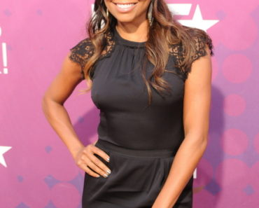BET Black Girls Rock 2012 Red Carpet Arrivals