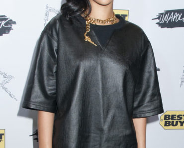 "Rihanna ""Unapologetic"" Album Launch Arrivals and Q&A at Best Buy in New York City on November 21, 2012"