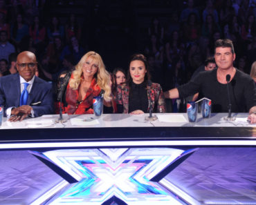 L.A. Reid, Britney Spears, Demi Lovato and Simon Cowell on THE X FACTOR