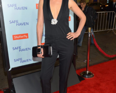 "Premiere Of Relativity Media's ""Safe Haven"" - Red Carpet"