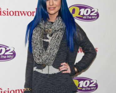 Cher Lloyd in Concert at Q102 FM WIOQ's iHeartRadio Performance Theatre in Bala Cynwyd - March 01, 2013