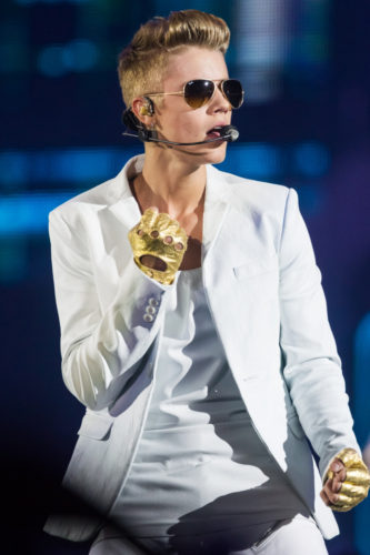 RML 028885 333x500 Justin Bieber Detained in Australia, Customs Looked for Drugs