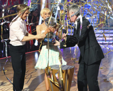DEREK HOUGH, KELLIE PICKLER, TOM BERGERON