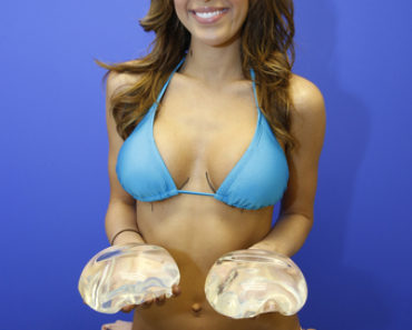 Exclusive - Farrah Abraham Going For Breast Enhancement Surgery