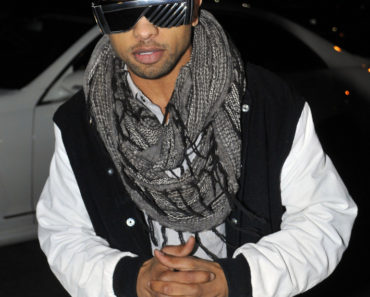 "Raz B Launches His ""Child Help"" Shake at Millions of Milkshakes in West Hollywood on December 30, 2010"