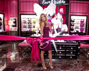 vancouver-grand-open-2013-press-day-lindsay-ellingson-ribbon-cutting-victorias-secret