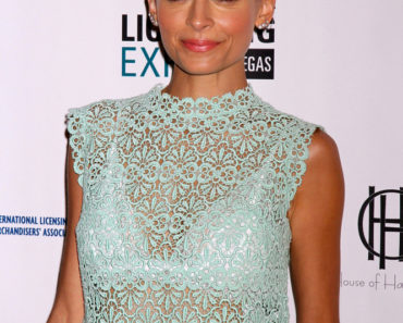 Nicole Richie Delivers the Keynote Speech at the 2014 Licensing Convention