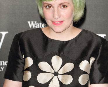"Lena Dunham ""Not That Kind of Girl"" Book Signing at Waterstones in London on October 29, 2014"