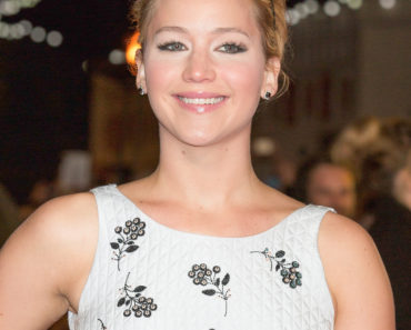 """The Hunger Games: Mockingjay - Part 1"" World Premiere - Arrivals"