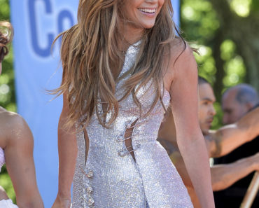"""Good Morning America"" - June 20, 2014 - Jennifer Lopez in Concert"